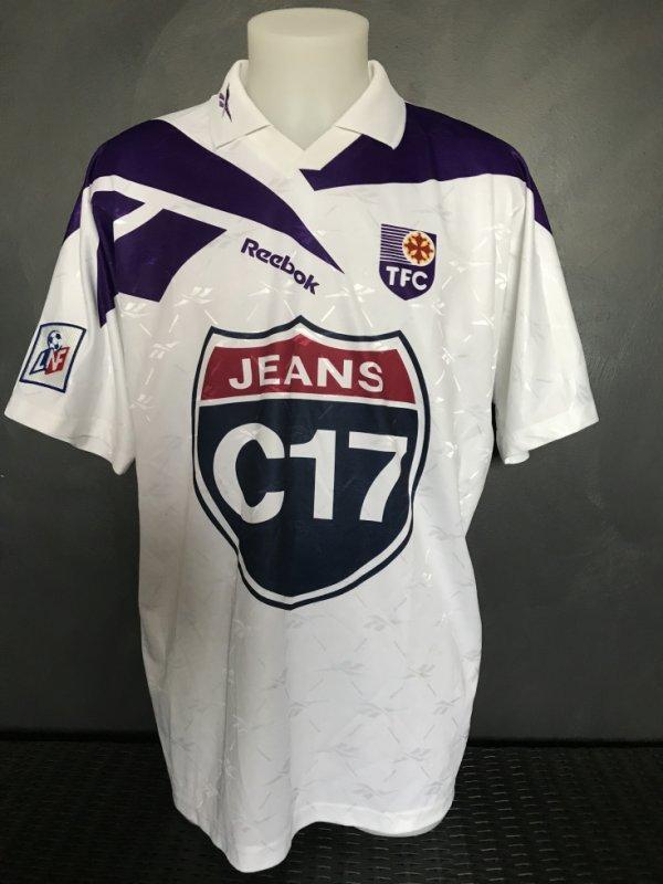 Maillot porté par Thierry Moreau lors de la saison 1997/1998