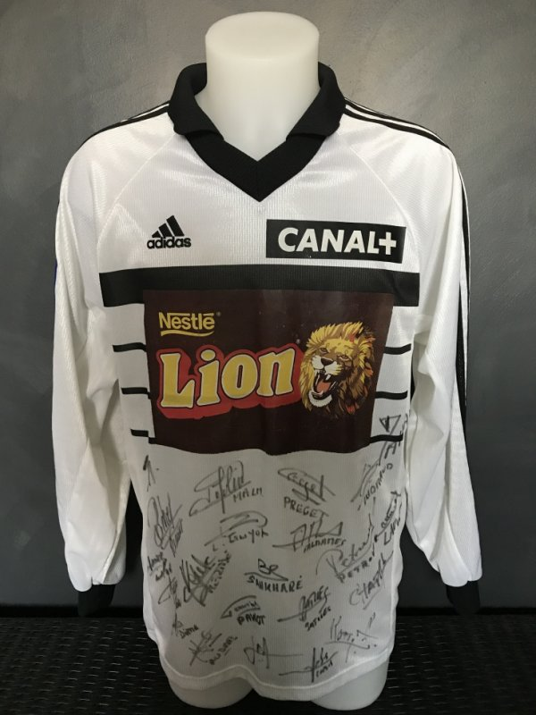 Maillot porté par Ahmed Maharzi lors du quart de finale CDL Metz TFC du 3/02/199