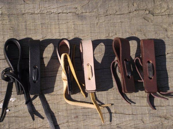 Embouts de cuir et slobbers straps