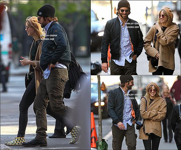 """06/05/13 : B. et sa petite amie Suki sont allés se promener dans le quartier de Tribeca, à New York. Découvrez la couverture du magazine """" The Hollywood Reporter"""", où B. et ses co-stars de """"Very Bad Trip"""" font la couverture"""