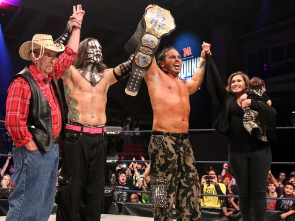 TNA World Heavyweight Champion Matt Hardy avec sa Famille