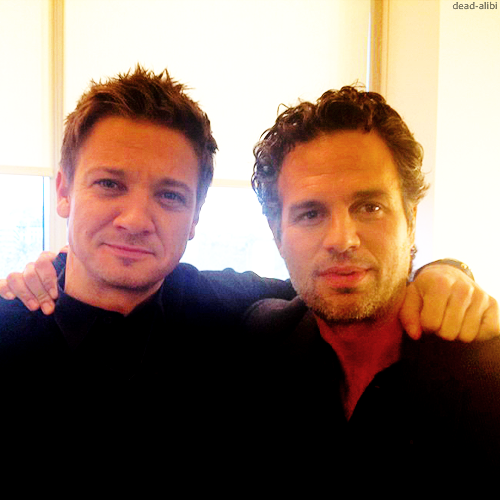 Mark Ruffalo And Jérémy Renner