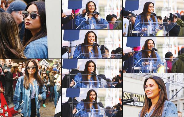 . 21.01.17 ▬ Demi s'est rendu à la « Womens March», la manifestation qui défend les droits de la femme - à LA !  Demi a passé un discours lors de l'évènement. Plus tard, elle a été au Bellator 170 pour supporter son chéri. C'est trop mignon dis donc. .