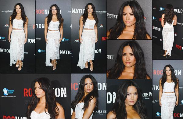 . 11.02.17 —  Demetria Lovato était présente à la soirée des « Roc Nation Pre-Grammy Brunch » à Los Angeles !  DL performera en hommage au groupe des BeeGees. Demi est tout simplement magnifique, tenue au top et son maquillage est parfait. .