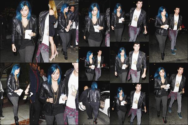 . 16.11.13 ▬ Demi Lovato a été vue quittant la soirée des 50 ans de l'hôtel « Sunset Marquis » dans Los Angeles !  Notre chanteuse préféré Demetria.L était en compagnie de son meilleur ami  Matthew. J'aime bien sa tenue donc un top pour ma part. .