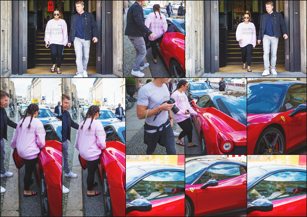 - - 05.07.2017- : Miss Lovato, avec son garde du corps, a été vue sortant de son hôtel dans la ville de Berlin - Allemagne !    La veille (04.07) Demi Lovato a été vue allant au Bikram Yoga et a été vue en pleine séance de Vélo, toujours en Allemagne. Top pour les deux sortie. -