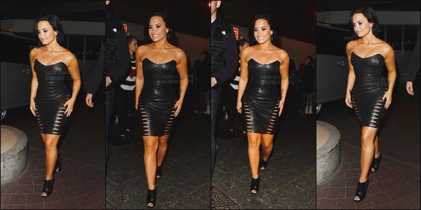 -  09.09.15 —  Demi Lovato, a été vue dans les rues de Londres après une journée très charger ! .