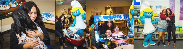 -  29.03.17 —  Notre Demi Lovato a été visité un hôpital pour enfant handicapée pour faire un don. .  ,