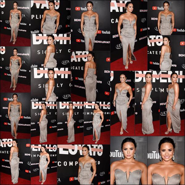 - -• 11.10.17- : Demi Lovato était présente sur les tapis rouge de l'avant-première  « simply complicated  » à Los Angeles !    Miss sortira son documentaire le 17 octobre sur sa chaîne YouTube. J'ai vraiment hâte de le regarder de voir Demi en dehors de la scène. Top sa tenue. -