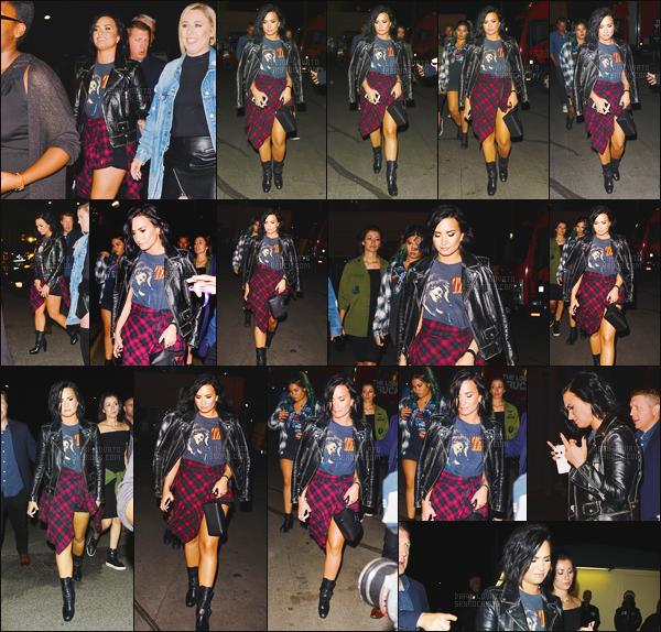 . 14.05.16 — Demi Lovato a été photographiée alors qu'elle arrivait au concert de la chanteuse Beyoncé à Pasadena !   Notre chanteuse était en compagnie de sa meilleure amie Marissa, de ses amies, ainsi que sa petite s½ur, j'aime beaucoup sa tenue. Top. .
