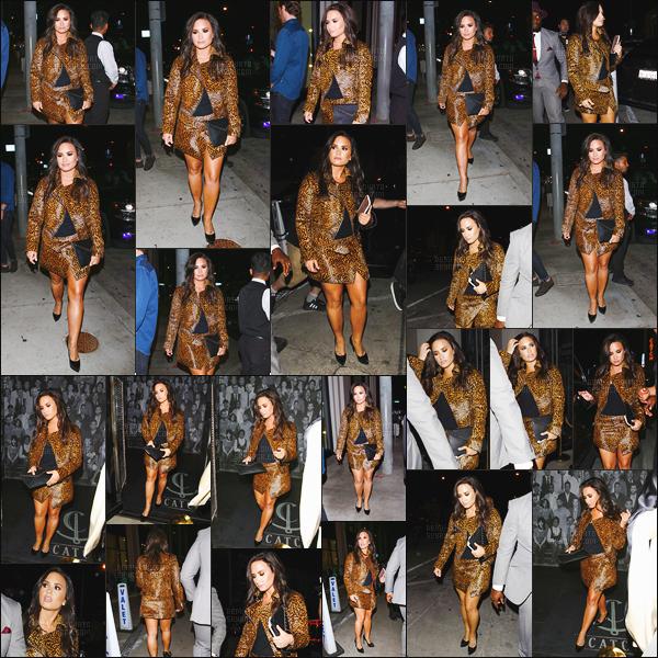 - 22/10/16 : Demi Lovato a été repérée en arrivant et quittant du restaurant « Catch » - dans West Hollywood !   Nous pouvons remarquer que Demi est redevenue brune après être rester blonde que quelques jours. Elle est vraiment ravissante, j'aime beaucoup. -