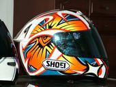 super beau casque SHOEI ^^