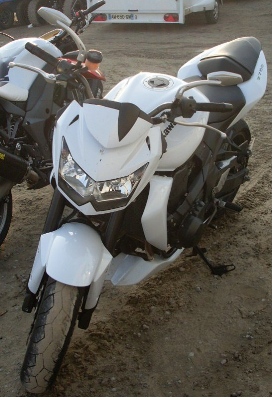 La moto a mon pote ^^   j'adore