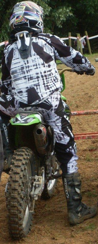 pfff toujour le même rituelle mais avec la motivation et l'amour pour la moto <3