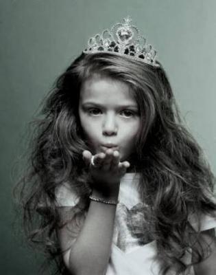 Chaque fille a une princesse qui dore en elle