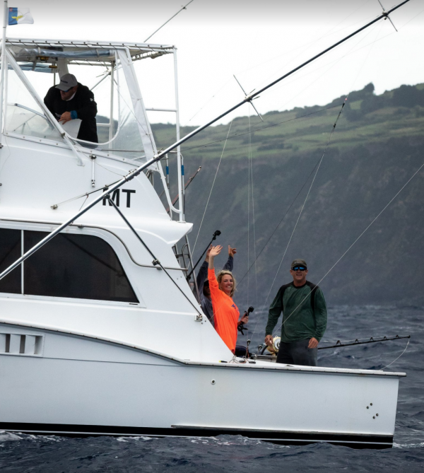Happy anglers.Join us in Horta Azores,some dates open. marlin.be@skynet.be
