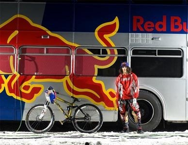 Andreu Lacondeguy chez red bull :)