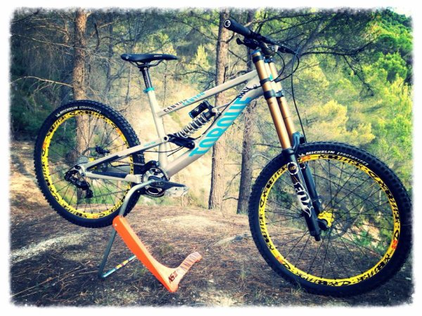 New Canyon torque de Fabien Barel *-* <3