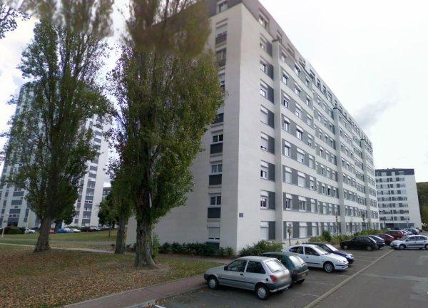 Des barres et tours du Quartier des Fontaines, Tours.