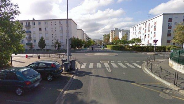 Entrée Nord du Quartier Blanqui à la Rabaterie, St Pierre des Corps.