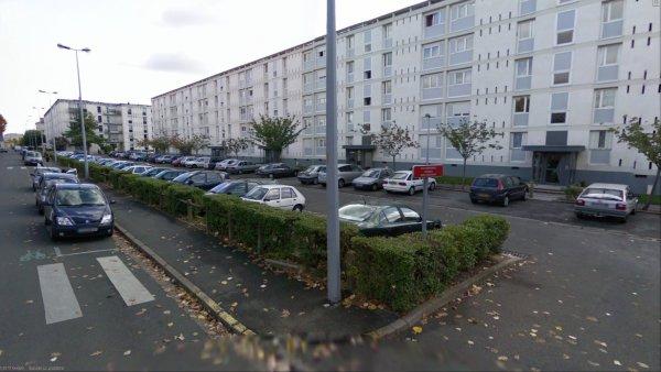 Les Barres de la Cité Maryse Bastier, Tours.