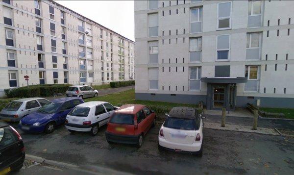 Des Barres de la Cité Maryse Bastier, Tours.
