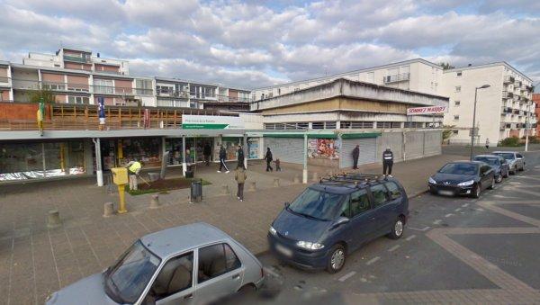 Le Centre Commercial de la Rabière, Joué les Tours.