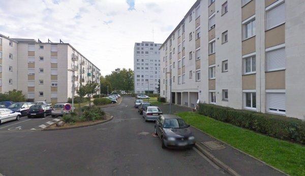 Un bloc de la Rabière, Joué Les Tours.