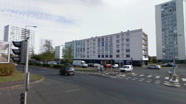 Tours et barres de la Cité des Rives du Cher, Tours.