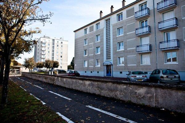 Tour et barres de la Cité des Millions, Saint Pierre des Corps.
