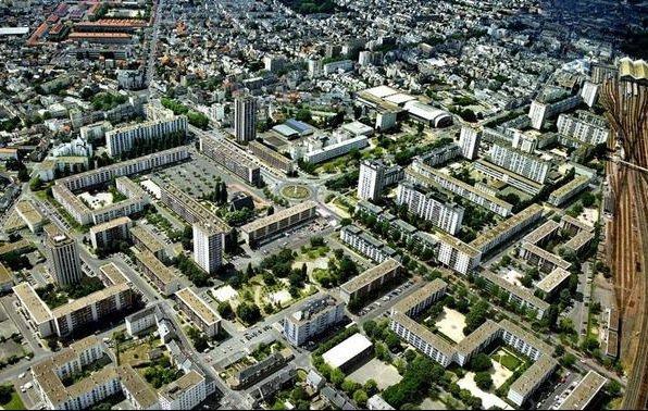 Vue aérienne du Quartier du Sanitas, Tours.