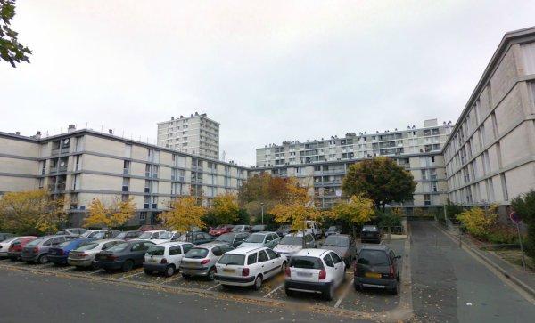 Un bloc du Quartier du Sanitas, Tours.