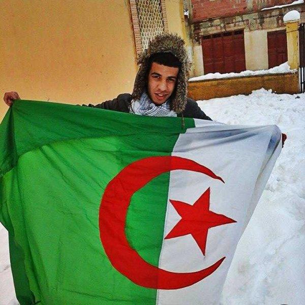 #Algérien&Fiere