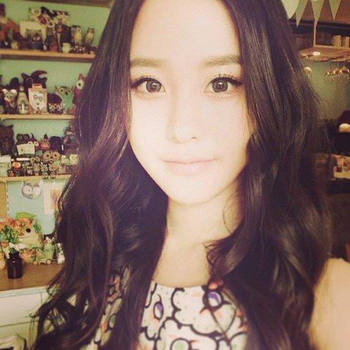 Perso principaux: Lee Sungyeon