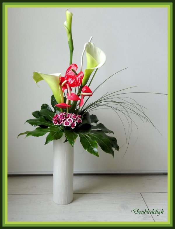 """arums et anthuriums """"maison""""  pour ce bouquet"""