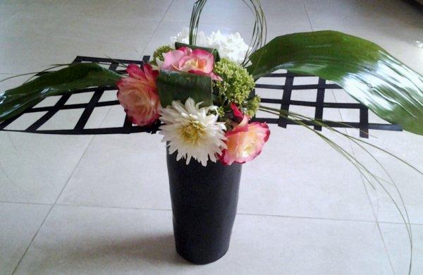 Malgré la chaleur, quelques fleurs résistent .....