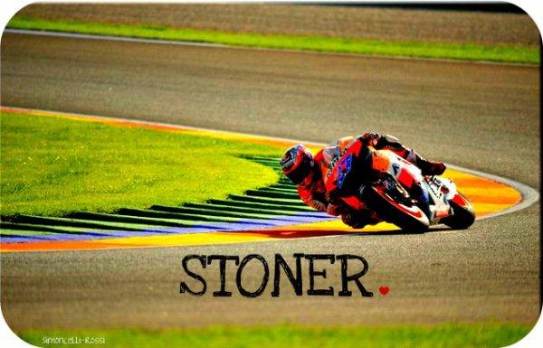 Stoner, vainqueur ♥.