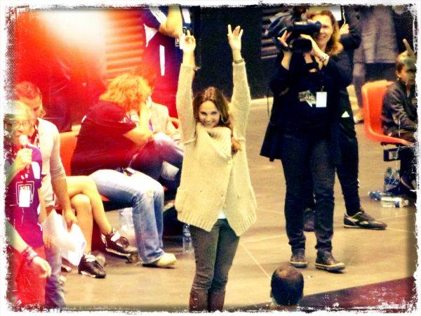 Claire au foot-concert ! ♡