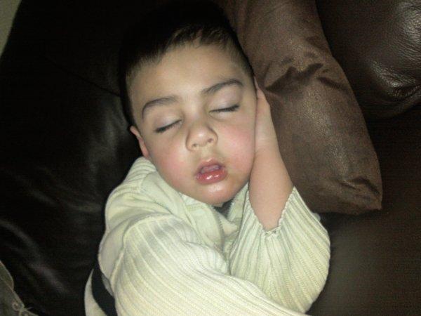Fatigué mtn il dort