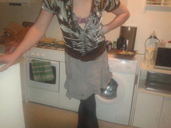 Nouvo Chemisé jupe gris et collant