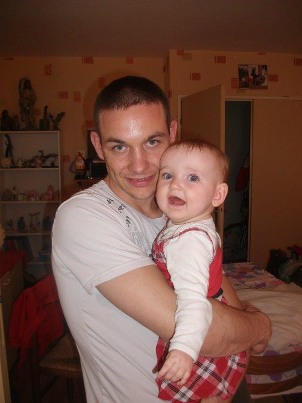 Mon homme et notre puce Laura (l)