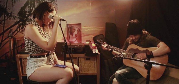 Nouvelle vidéo ! Cover acoustique + Interview