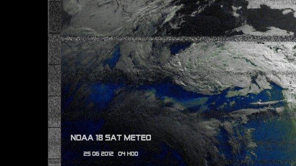 F0FVK / RECEPTION NOAA 18  SAT METEO /ANTENNE VERTICALE X200 / ICOM 706