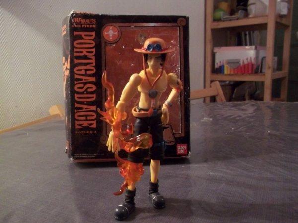 Ace en figurine
