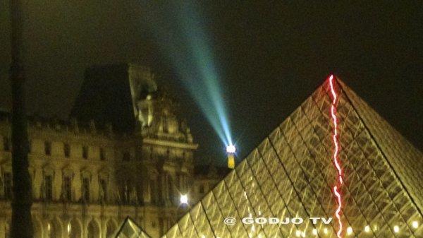IMAGE / PARIS-LE LOUVRE