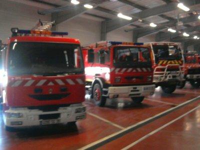 3 camions ensembles