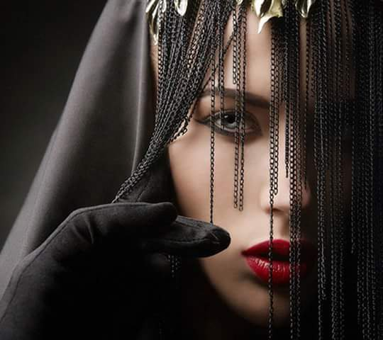 jolie veuve noir non