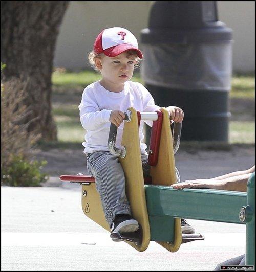 Toute la petite famille Madden Richie ont été vu au parc à Los Angeles  |   04 juin