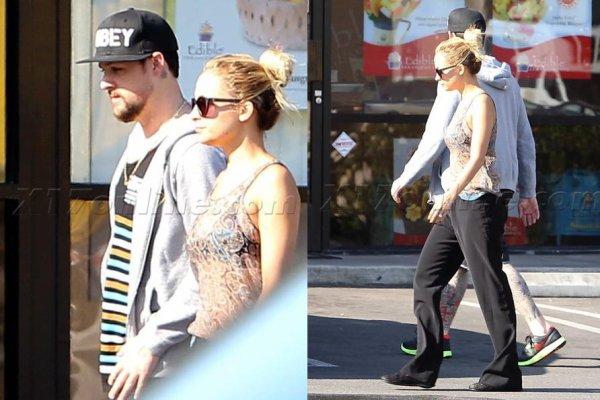 Joel et Nicole étaient de sortie en amoureux dans Melrose Avenue  |   02 aout