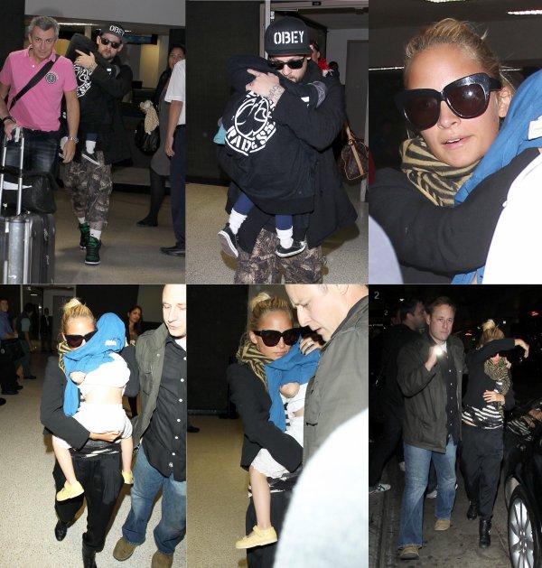 Après Londres et Paris, les Madden Richie sont de retour à Los Angeles. Ils sont arrivés à LAX dans la soirée de samedi  |   08 octobre